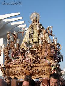 procesion-carmen-coronada-de-malaga-2012-alvaro-abril-maritima-terretres-y-besapie-(80).jpg