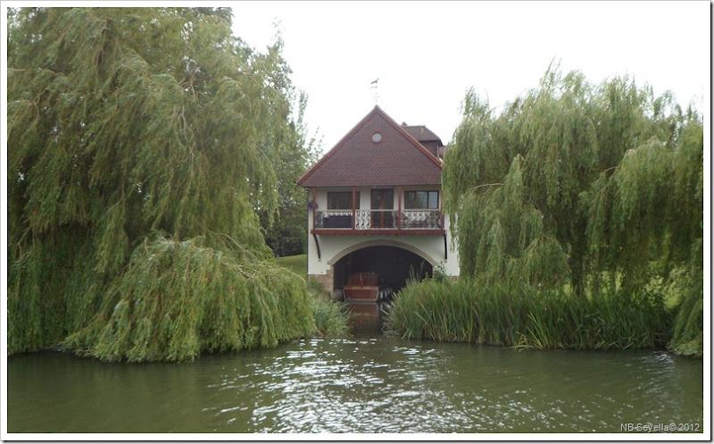 SAM_1176 Boathouse