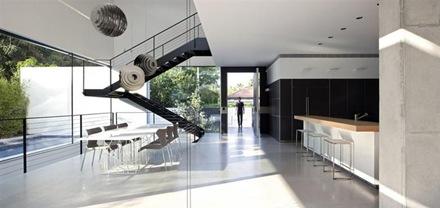 Casa de estilo Minimalista en diseo interior y exterior en Ramat