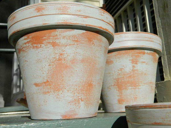 terracotta_planter_painted_and_aged