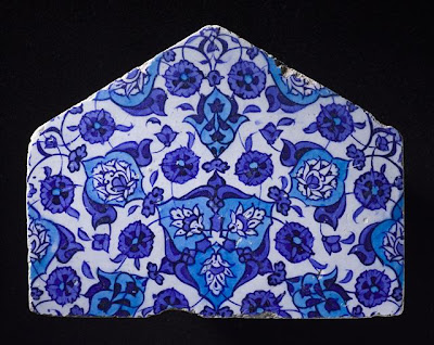 Tile | Origin: Ottoman Turkey | Period:  16th century | Collection: Purchased with funds provided by Sakip Sabanci (M.2001.87) | Type: Ceramic; Architectural element, Fritware, underglaze-painted, 6 7/8 x 8 1/2 x 3/4 in. (17.46 x 21.59 x 1.91 cm)
