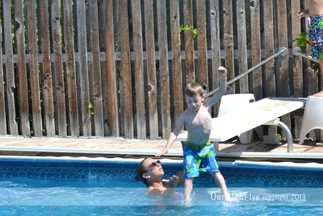 08-2013-Swimming-Caleb