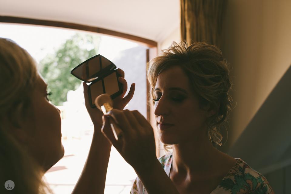 getting ready Chrisli and Matt wedding Vrede en Lust Simondium Franschhoek South Africa shot by dna photographers 122.jpg