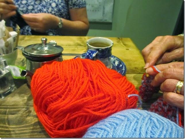 wool-tea-chat
