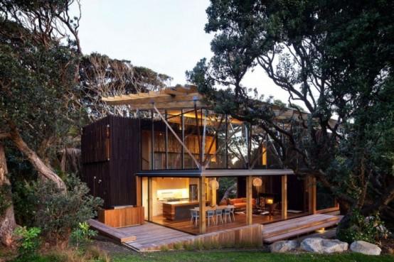cozy-0modern-house-of-natural-wood-3-554x369.jpg