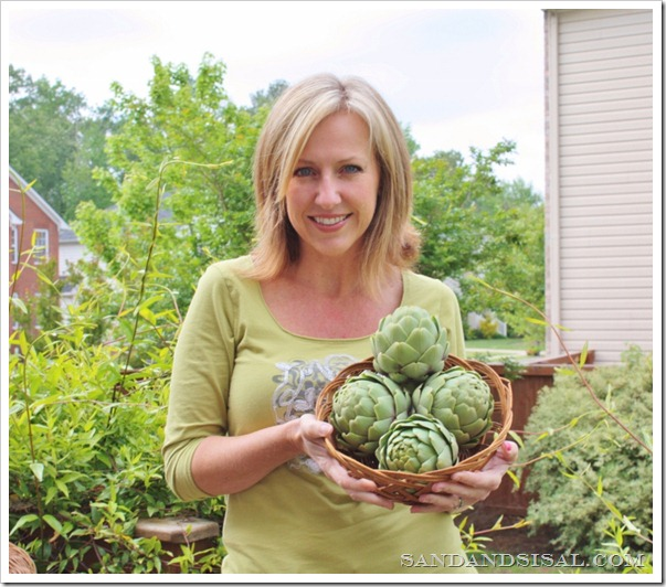 Kim and artichokes (800x696)