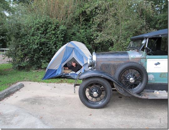 Sara camping