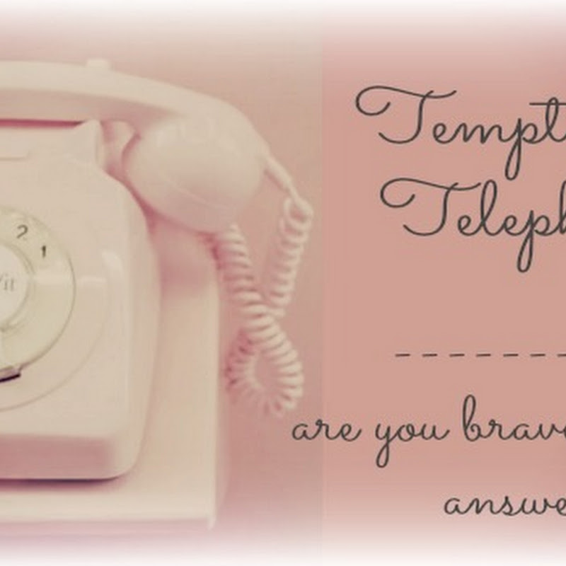 Benefit Cosmetics - Temptation Telephone