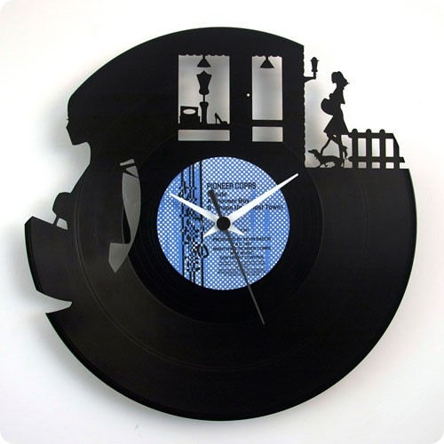 Vinyl-Record-Clock-boutique-500x700