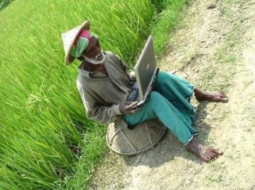 Petani dengan Notebook tipis harga murah terbaik