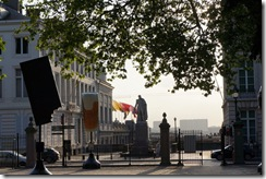 Parc de Bruxelles (Brusselicious.be statues abound)