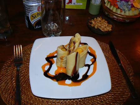 Bali restaurants: cakes in Ubud