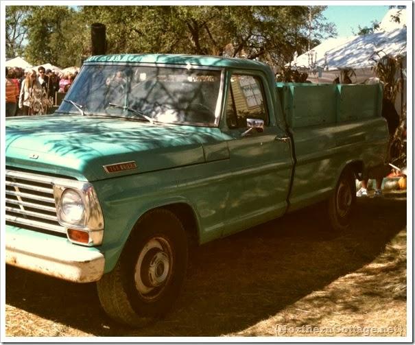 vintage aqua truck