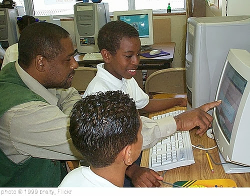 'Teacher working with kids' photo (c) 1999, breity - license: http://creativecommons.org/licenses/by-sa/2.0/