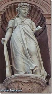 Monumento a Oquendo - La Marina - Donostia