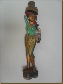 Patung gadis petani