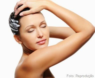 Como manter o cabelo sem oleosidade nos dias que não Lava?