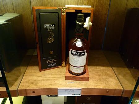 Imagini Dublin: whiskey Midleton, cel mai scump din colectia Johnson