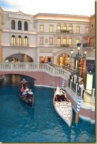 V Canals inside