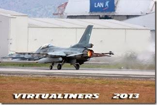 SCEL_V286C_Parada_Militar_2013-0039