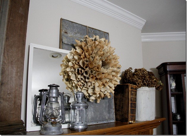 mantel wreath 2