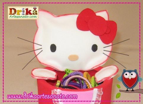 Hello-Kitty-com-lata-reciclada-detalhes