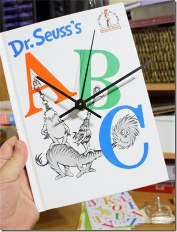 Seuss book Clock brandibug blogspot
