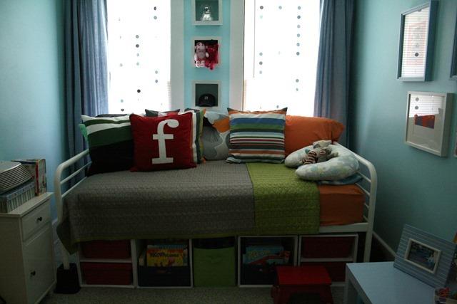 finn's room 031