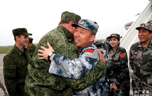 """""""Мирная миссия 2013"""": Прибытие Китайских военных"""