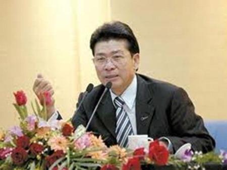 He-Xiangjian_thumb