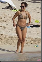 Carrie-Ann-Inaba-Bikini-Hawaii-5-682x1024