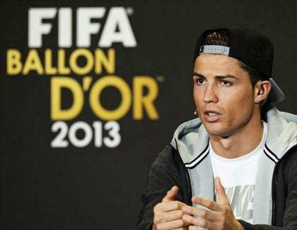 Real-Madrid-Cristiano-Ronaldo-bola-de-ouro