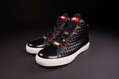 nike lebron 12 nsw sportswear lifestyle blackred 1 01 Nike LeBron XII NSW Lifestyle Black / Challenge Red Launch Info