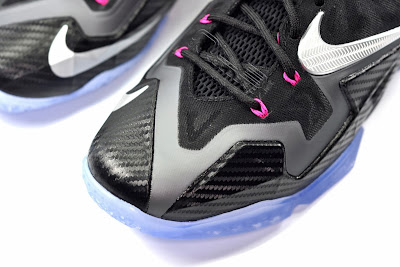 lebron11 miami nights 31 web white The Showcase: Nike LeBron XI Miami Nights Carbon