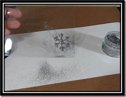 Tutorial - Glitter Glue Snowflake 6