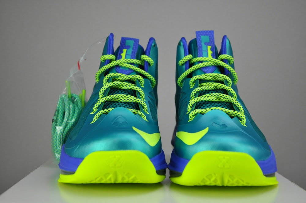 Lebron X Green Lantern Kids | The River City News