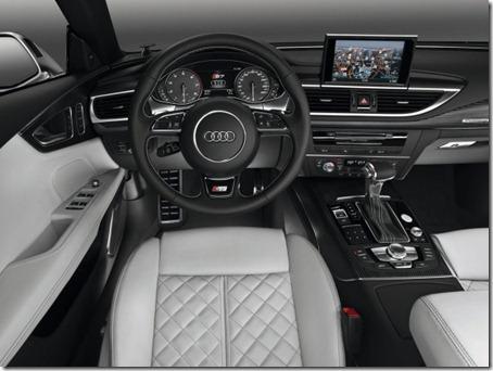 2012-Audi-S7-Sportback-Dashboard