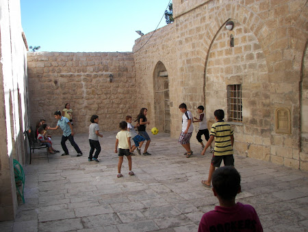 meci fotbal in Mardin
