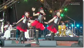 BABYMETAL_catch-me-if-you-can_10