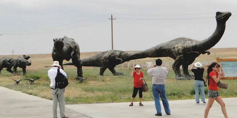 erenhot-dinosaurs-1