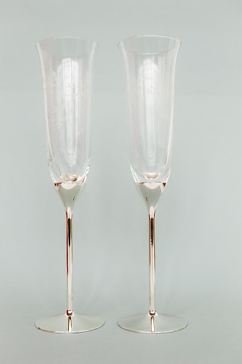 The couple toasted with these Martha Stewart Collection Toasting Flutes.