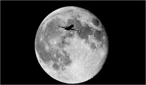 normal_Moon-jet - copia