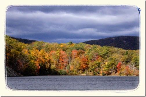 bear-mountain-atumn-colors