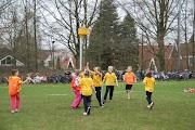 Schoolkorfbaltoernooi ochtend 17-4-2013 197.JPG