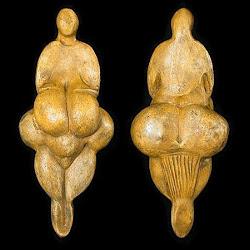 03 - Venus auriñaciense de Lespugue (Francia)