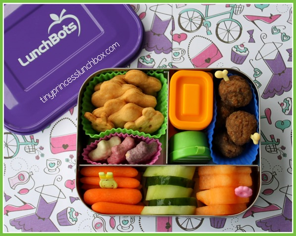 Dinner in our LunchBots! #lunchbots #schoollunchideas #bento