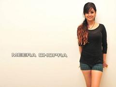 meera-chopra-thigh-show