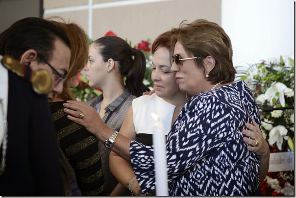 Governadora, autoridades e familiares prestam homenagem ao procurador Miguel Josino - Elisa Elsie (2)