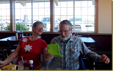 2011-12-07 - AZ, Yuma - Golden Corral - Ron's Birthday  (3)