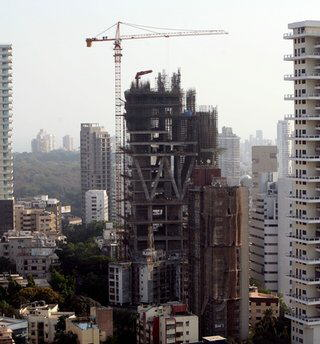 World's Biggest Private Residence owned by India's richest man Mukesh Ambani